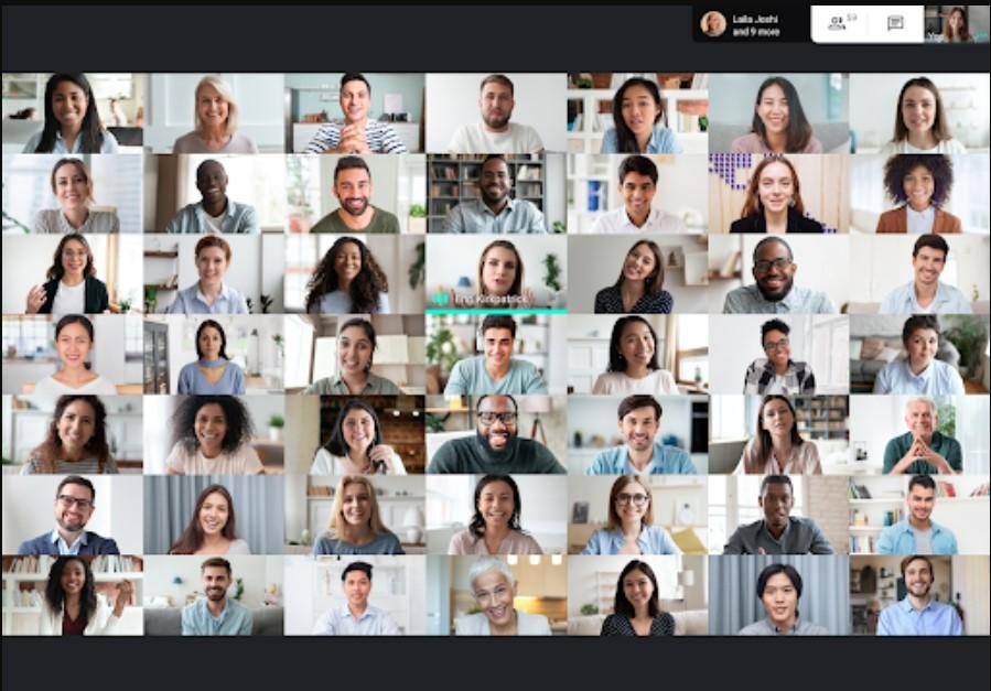 Mosaico de 49 personas en Google Meet